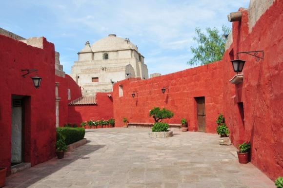 Samostan Santa Katalina – mesto v mestu
